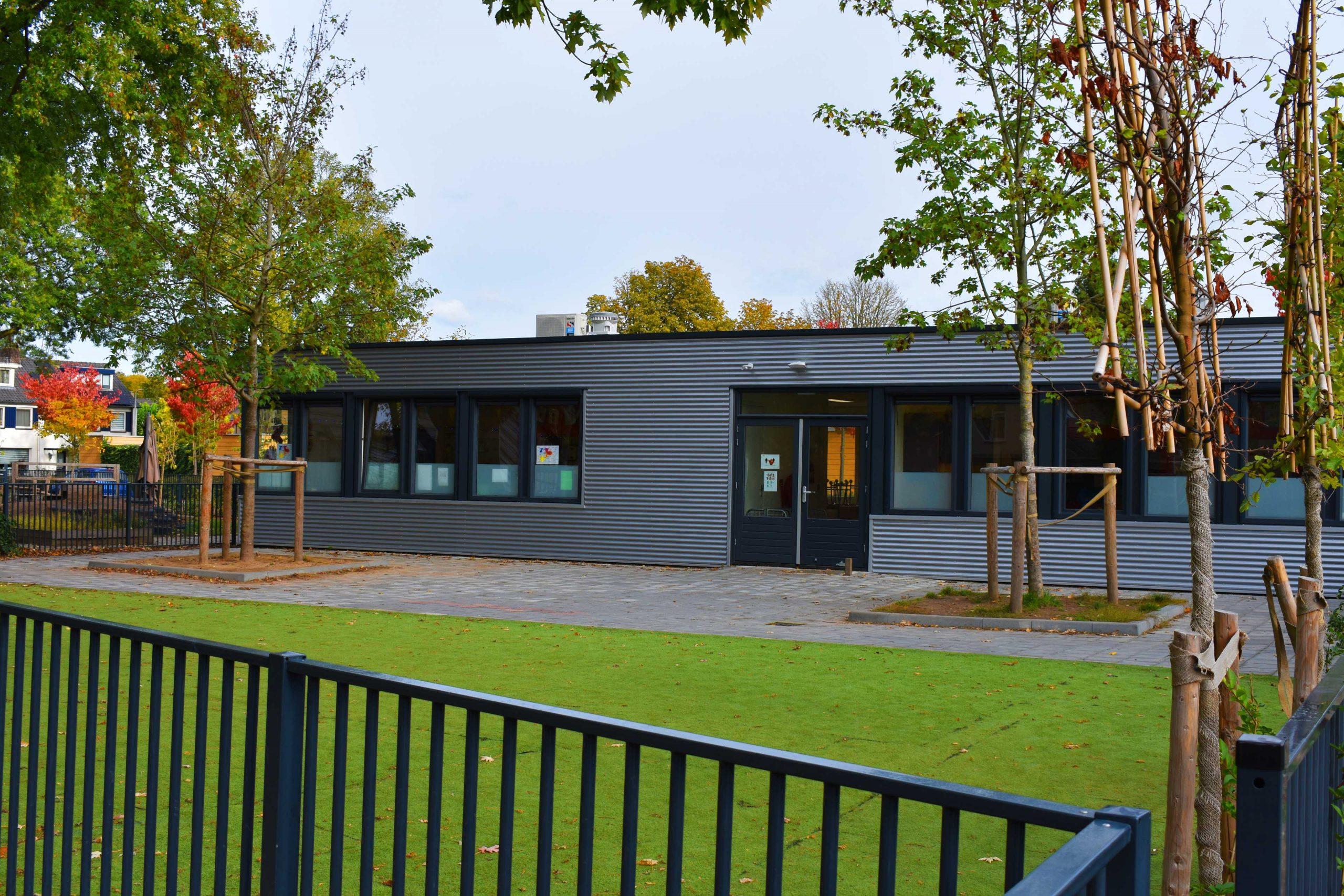 Ventilatie in noodgebouwen scholen